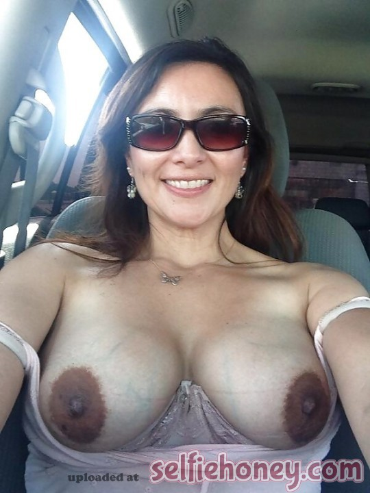 milfselfies 2 - Hot Mom Selfies