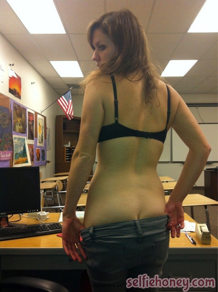 teacherselfie 7 765x1024 - Hot School Teacher Selfies