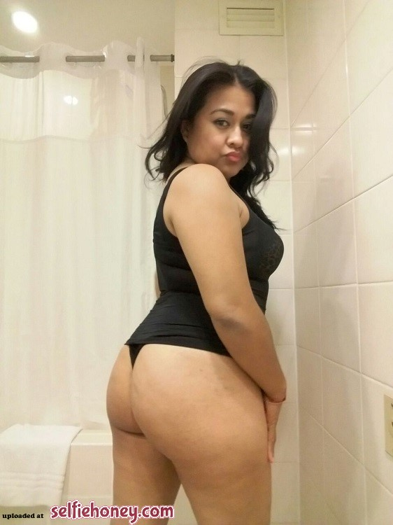 maturelatinamomselfie3 - Mature Latina Mom Selfie
