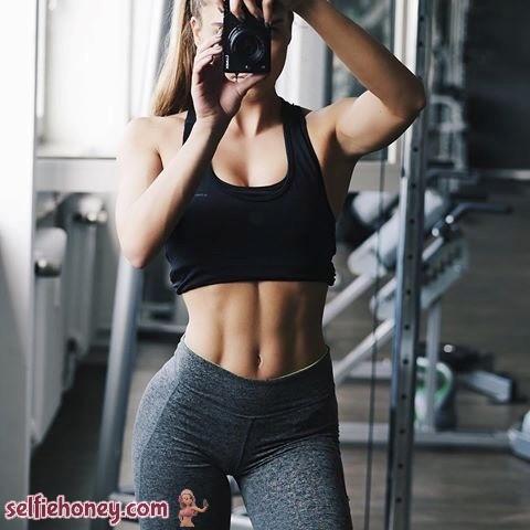girlingymselfie - Girls in Gym Selfie