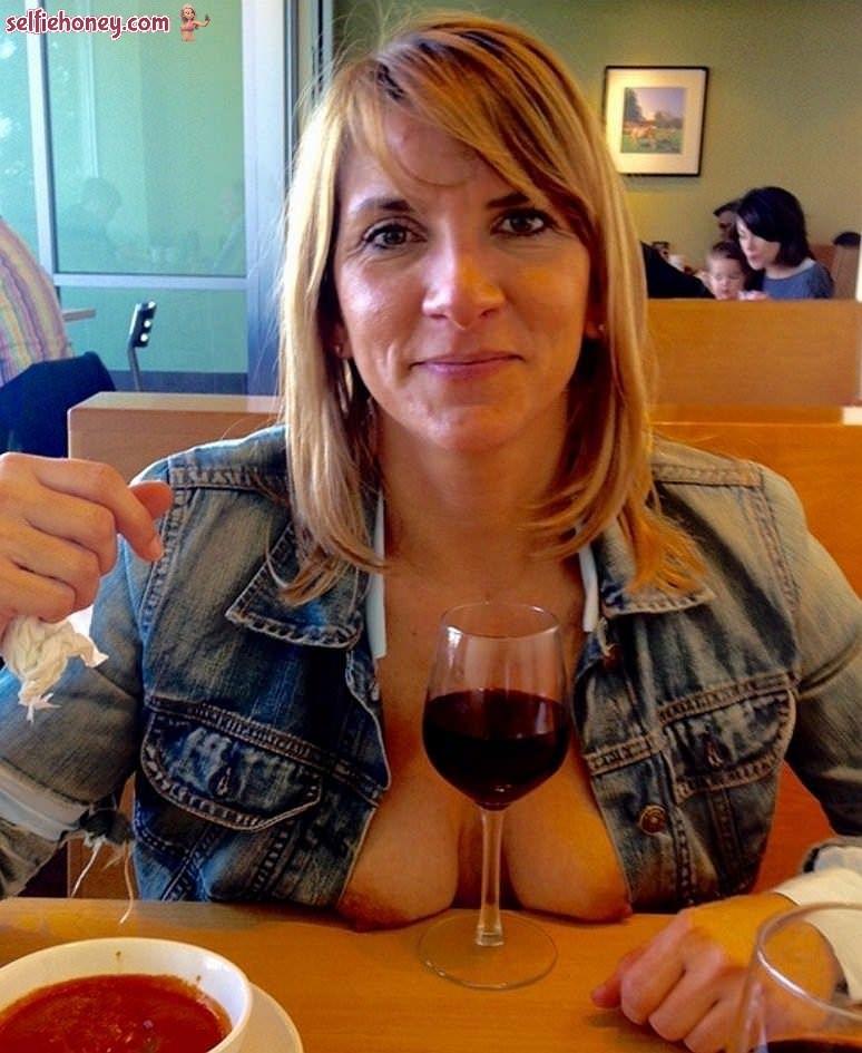 maturewifeselfie8 - Mature Wife Selfie