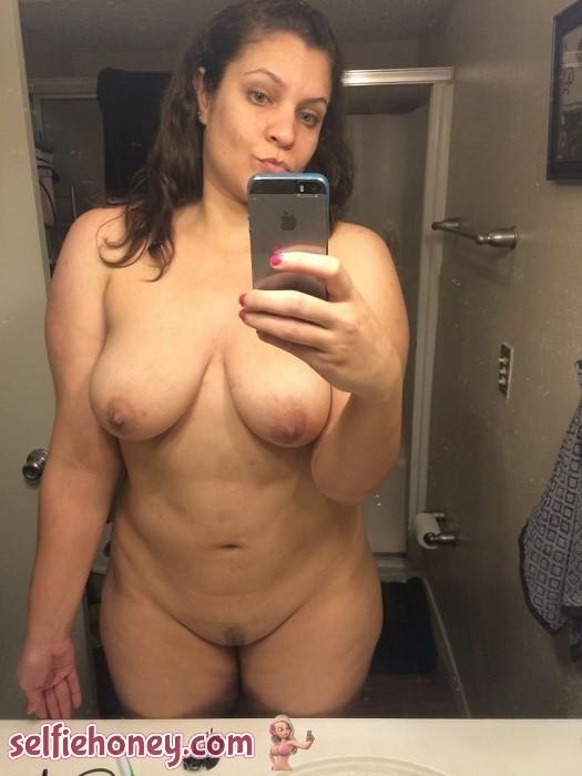 nakedmilfselfie2 - Naked Milf Selfies