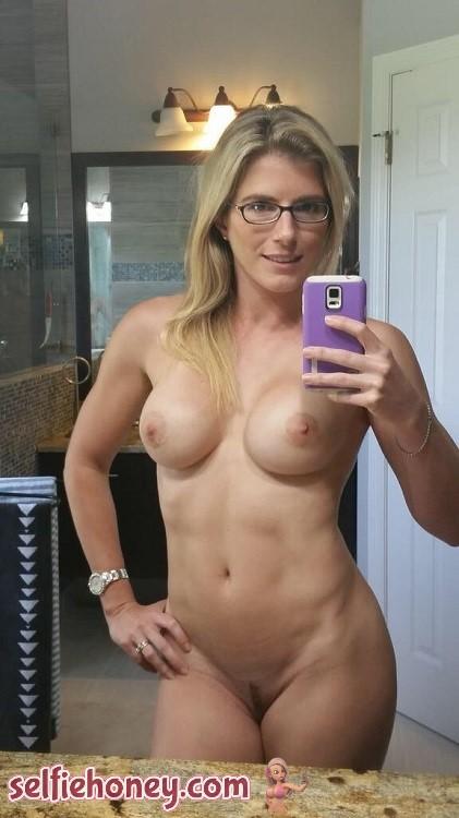 nakedmilfselfie9 - Naked Milf Selfies