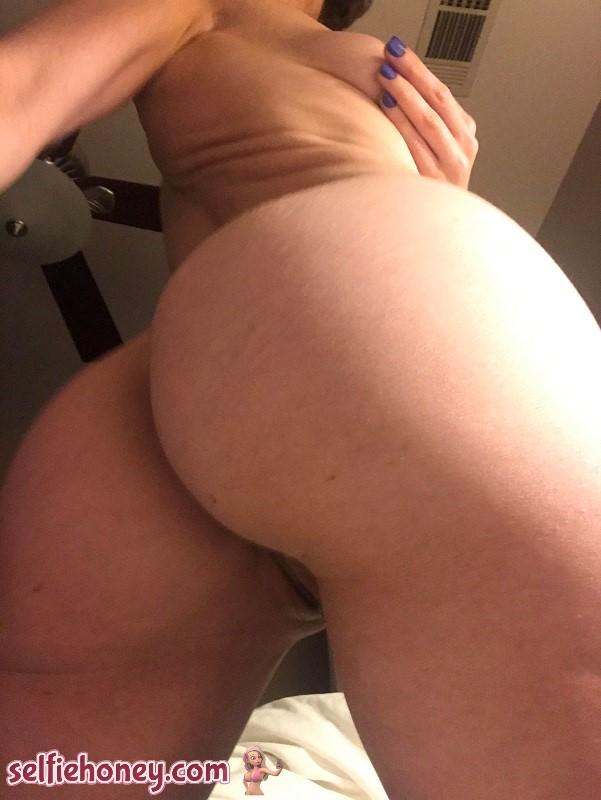 nakedbuttselfie9 - Naked Butt Selfie