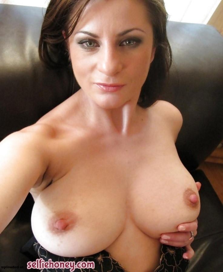 beautifulmilfselfie9 - Best Friend Hot Mom Selfie